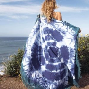 Gypsy 05 Blue Indigo Beach Roundie